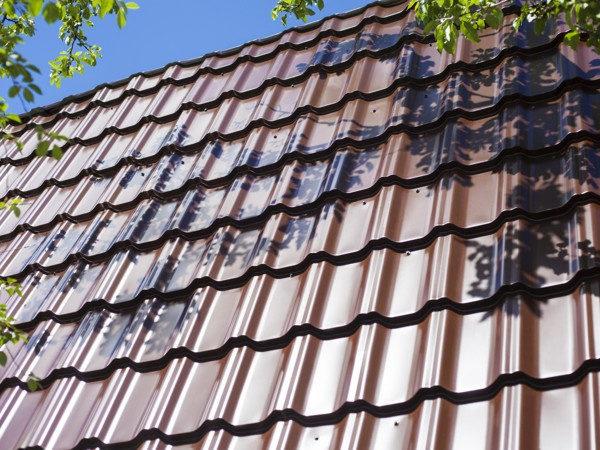 Металлочерепица Kvinta plus коричневая для крыши