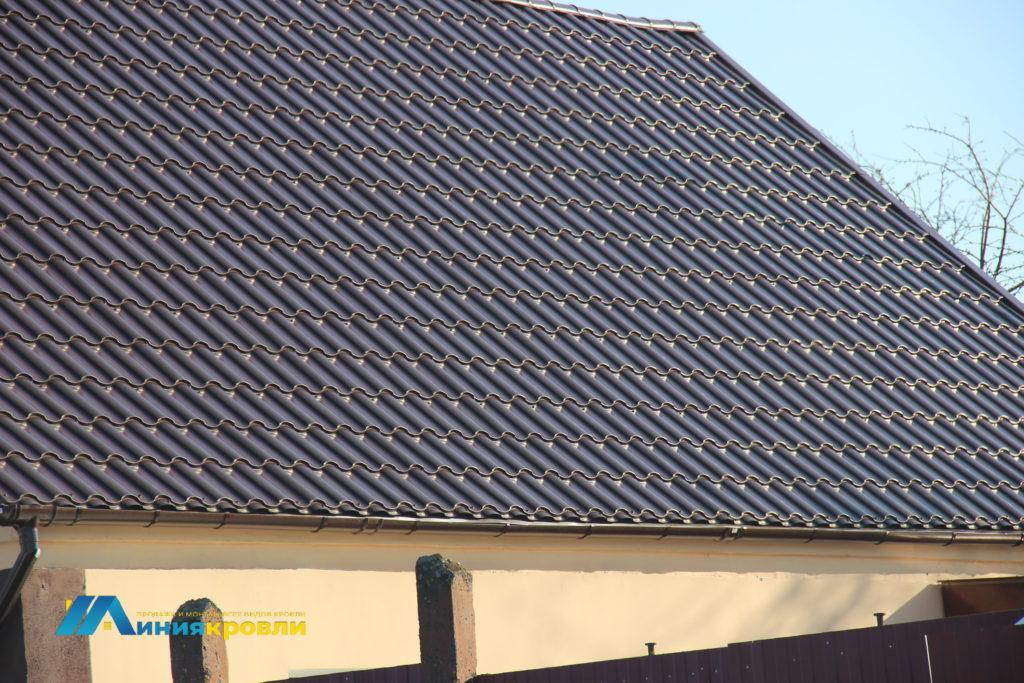Перекрытие крыши металлочерепицей