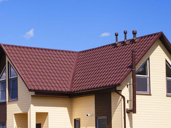 Металлочерепица Kamea для многоскатной крыши