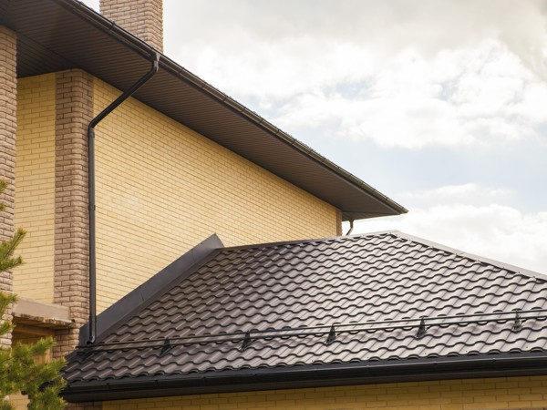 Металлочерепица Kredo для крыши разного уровня