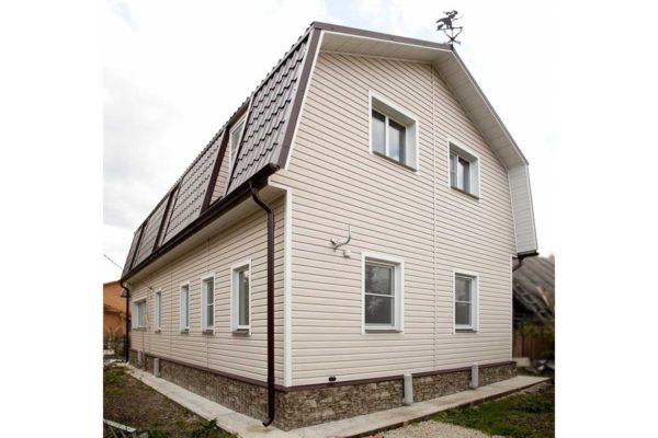 """Виниловый сайдинг """"Классика"""" (GL) для двухэтажного дома с мансардой"""