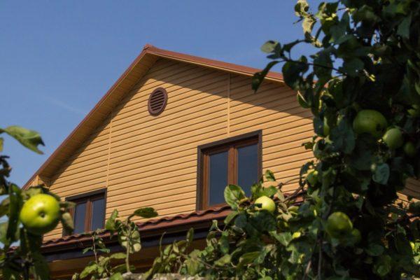 Виниловый сайдинг Tundra (GL) отделка дома