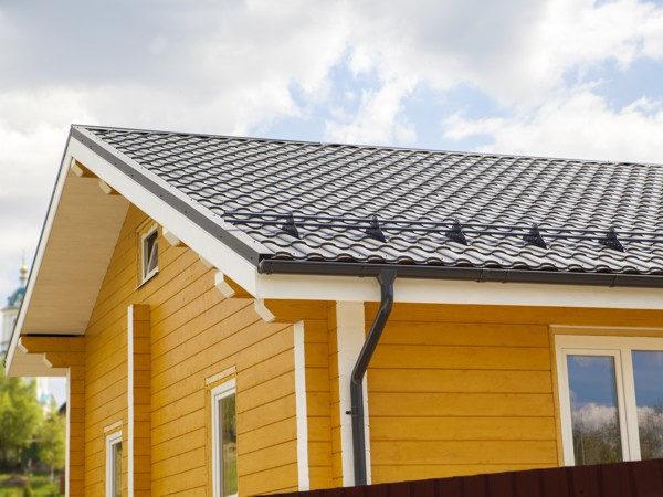 Снегозадержатели grand line для двускатной крыши